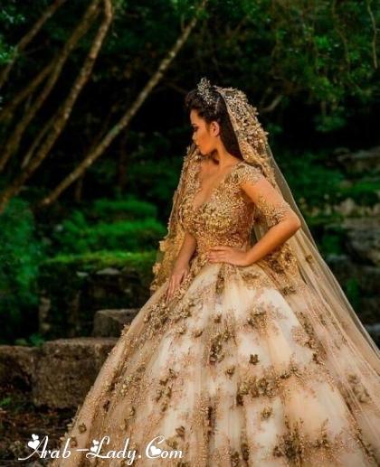 فساتين زفاف باللون الذهبي 150089430020.jpg