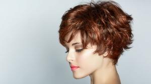 لصاحبات الوجه الطويل إليكم أجمل تسريحات الشعر
