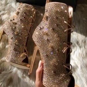 بالصور|اختاري هذه الأحذية في سهراتك لطلة ملفتة