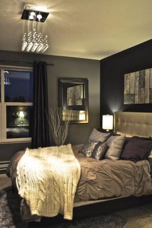 لعشاق الألوان الداكنة.. إليك أجمل غرف النوم